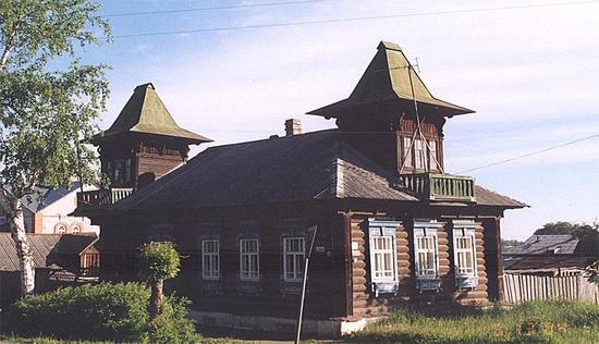 Мезонин с балконом