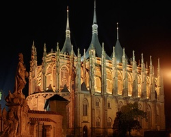 Пинакли церкви Святой Варвары в Кутна-Горе