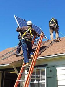 Установка солнечных модулей на крыше